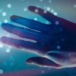 Met deze prothetische hand kunnen geamputeerden weer voelen